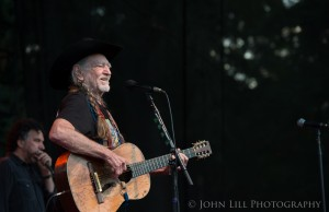 Willie Nelson performs at Marymoor Park. (Photo: John Lill)