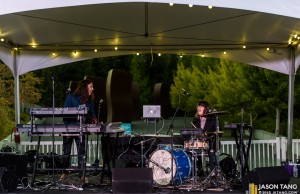 SISTERS-at-SAM-Remix-Olympic-Sculpture-Park-presented-by-Seattle-Secret-Shows-Photo-Jason-Tang