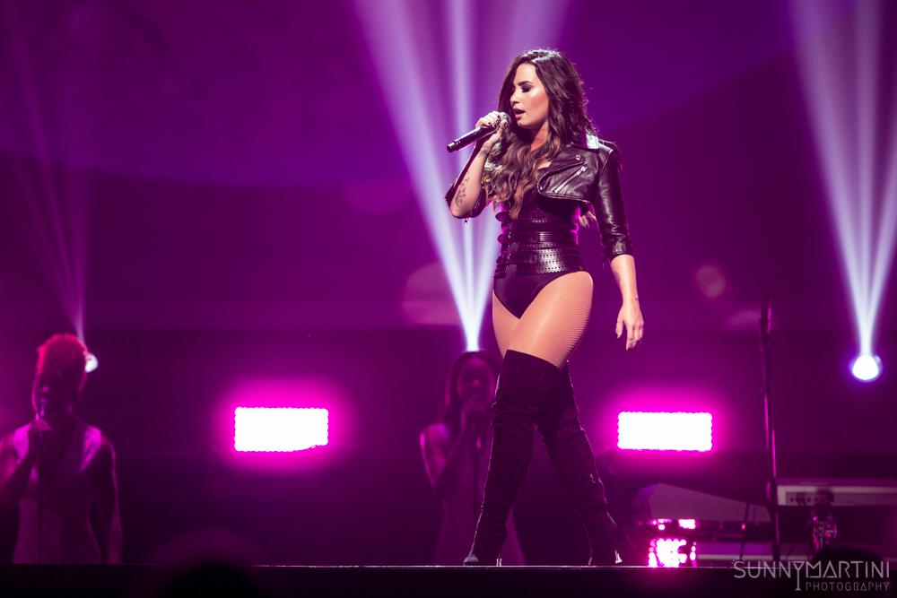 The Future Now Tour Demi Lovato Nick Jonas Smi Seattle Music