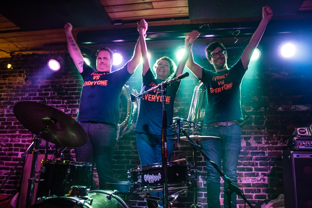 Oliver Elf Army at The Anchor Pub (Photo by Christine Mitchell)