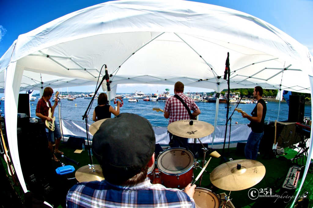 Underwater Music Festival II (Photo by Mocha Charlie)