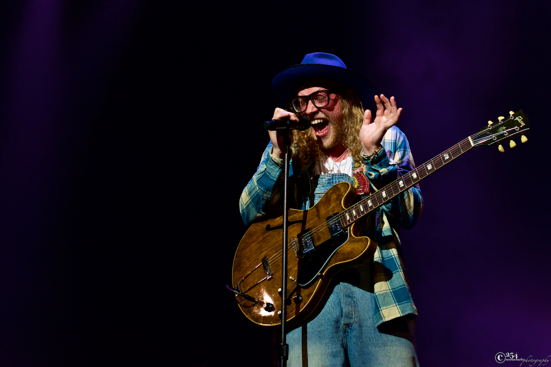 Allen Stone at The Paramount Theatre (Photo by Mocha Charlie)