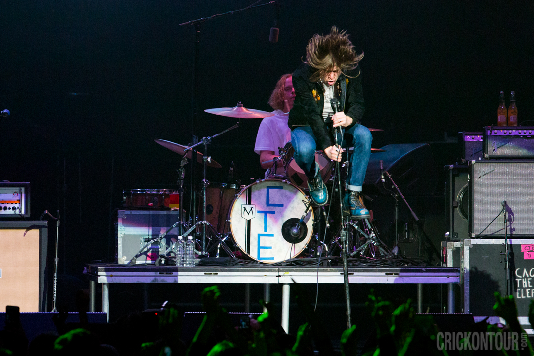Cage The Elephant @ Deck The Hall Ball 2015 (Photo: Alex Crick)