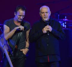 Peter-Gabriel-and-Sting-at-KeyArena-Photo-by-Matthew-Lamb
